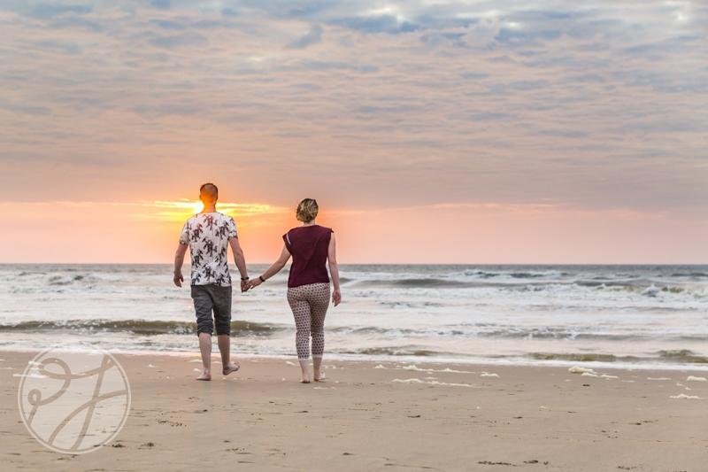 Romantische loveshoot bij zonsondergang 11